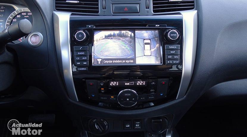 Prueba Nissan Navara NP300 cámaras exteriores