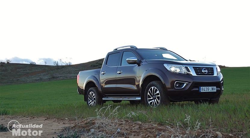 Prueba Nissan Navara perfil delantero