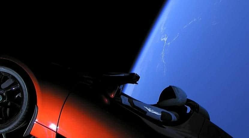 El Tesla Roadster en el espacio gracias al Falcon Heavy de SpaceX