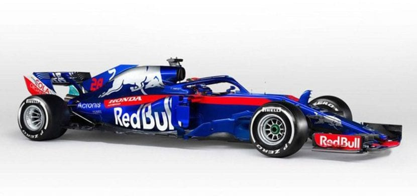 STR13 por el lateral