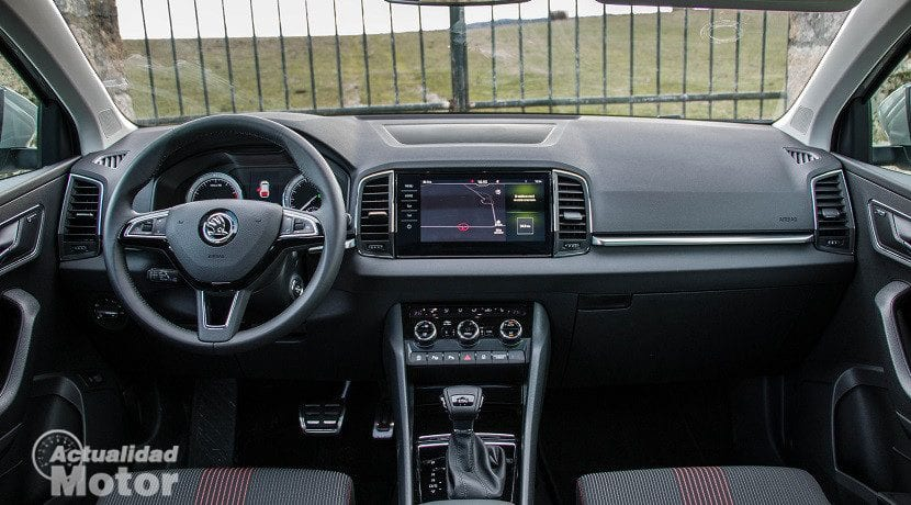 prueba skoda karoq style 1 5 tsi evo 150 cv dsg noticiero universal. Black Bedroom Furniture Sets. Home Design Ideas