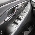 Botones de la puerta del conductor del Hyundai i30 N