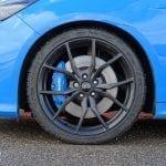 Prueba Ford Focus RS llantas y frenos Brembo