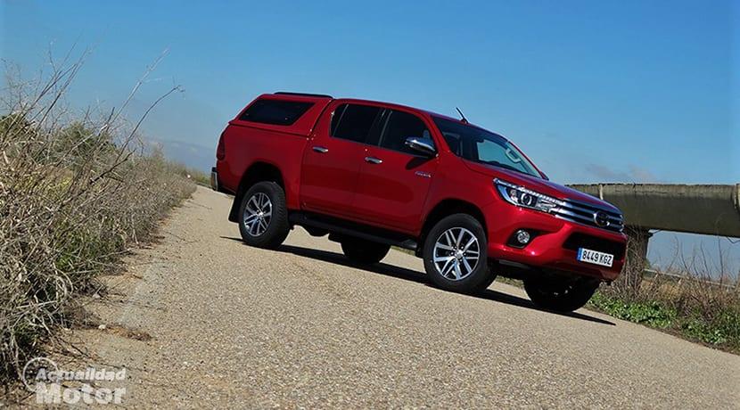 Prueba Toyota Hilux perfil delantero