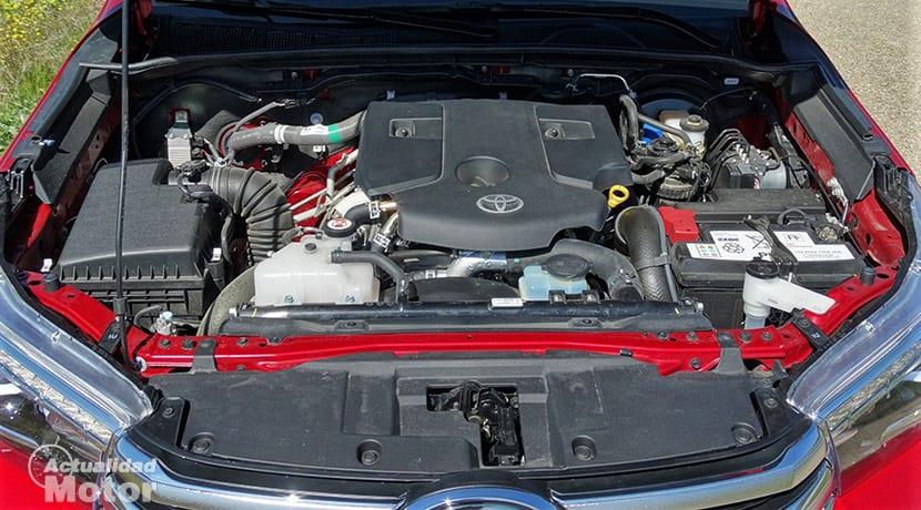 Prueba Toyota Hilux motor 150D