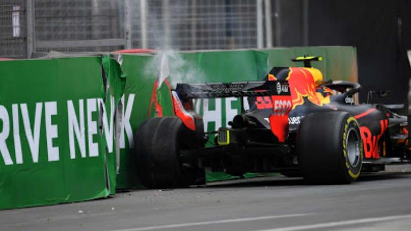 Verstappen accidendato en el muro de Baku 2018
