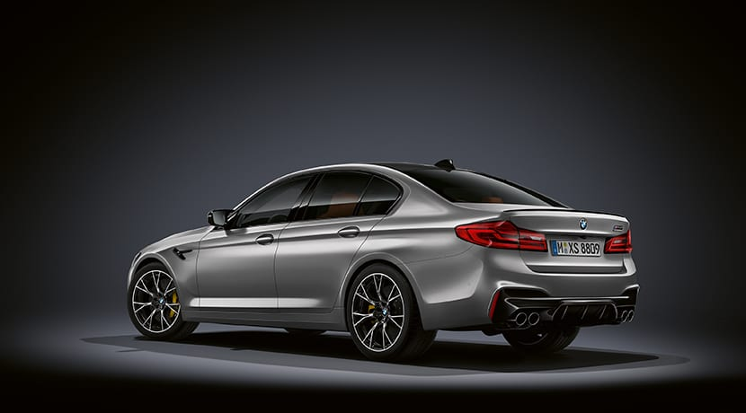 BMW M5 Competition perfil trasero