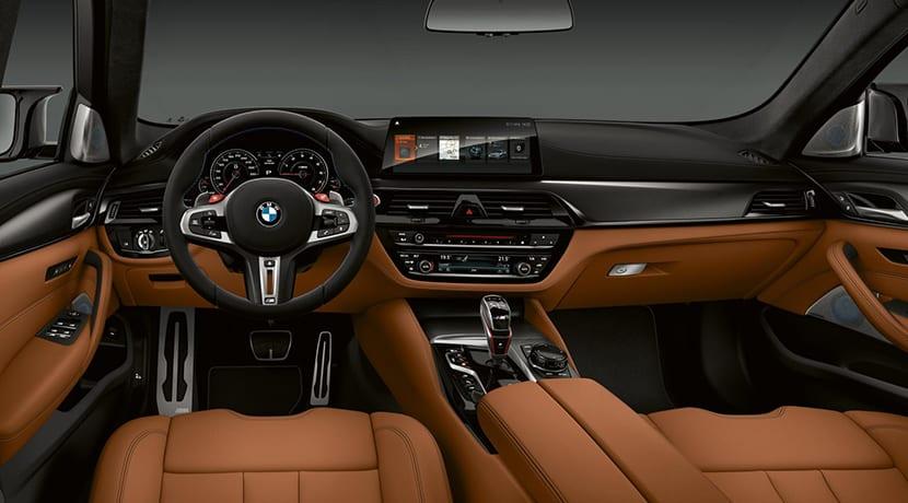 BMW M5 Competition salpicadero
