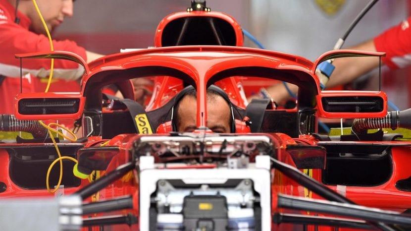 Espejos en el halo del Ferrari
