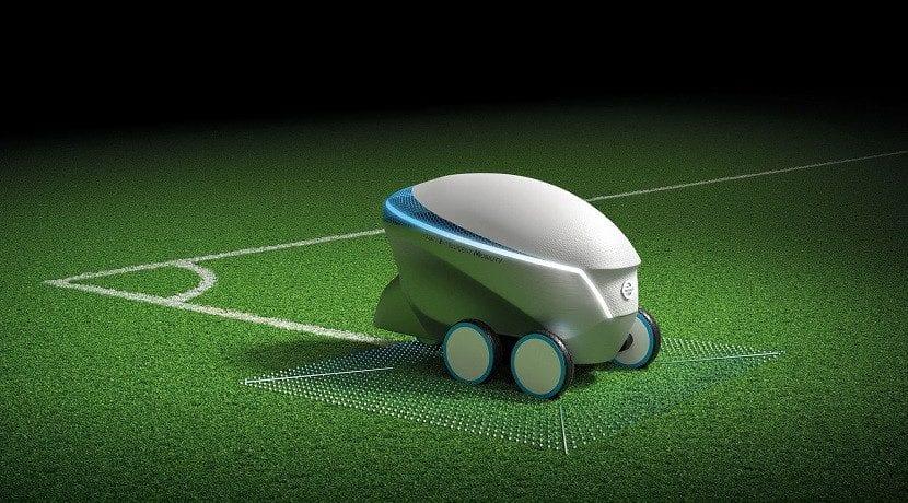 Robot autónomo de Nissan para pintar campos de futbol