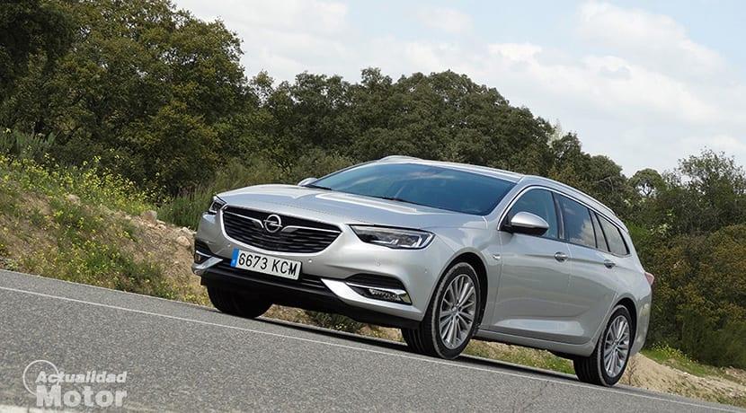 Prueba Opel Insignia Sports Tourer de perfil