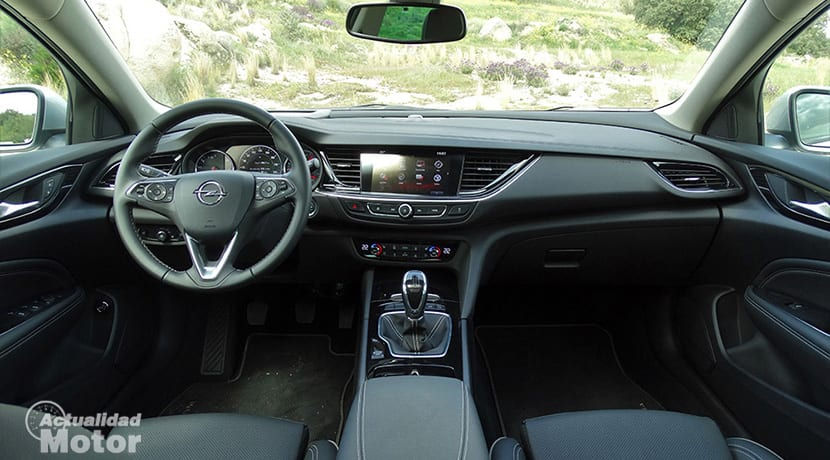 Prueba Opel Insignia Sports Tourer salpicadero
