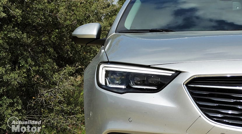 Prueba Opel Insignia Sports Tourer faros matriciales IntelliLux LED