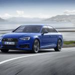Frontal del Audi A4 2019 en carretera
