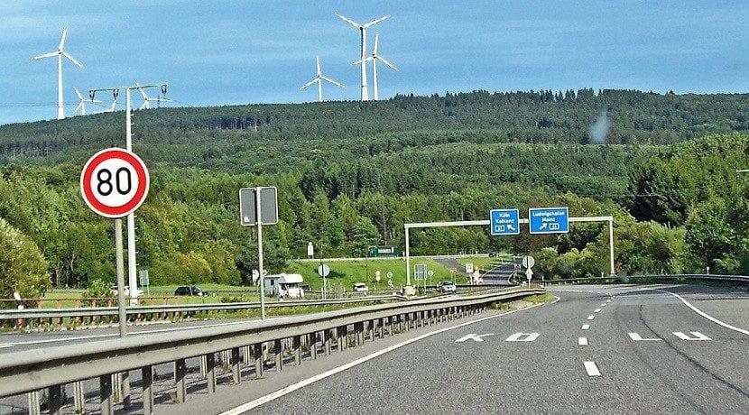 Límites de velocidad en Alemania a 80 km/h en una Autobahn