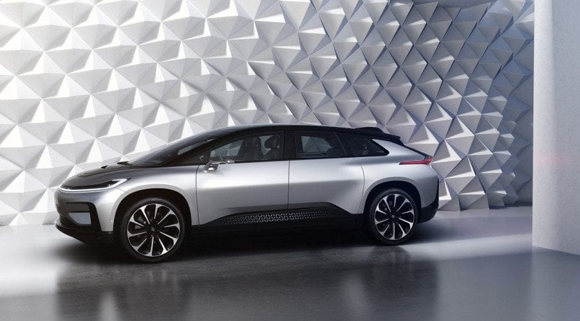 Lateral del Faraday Future FF 91