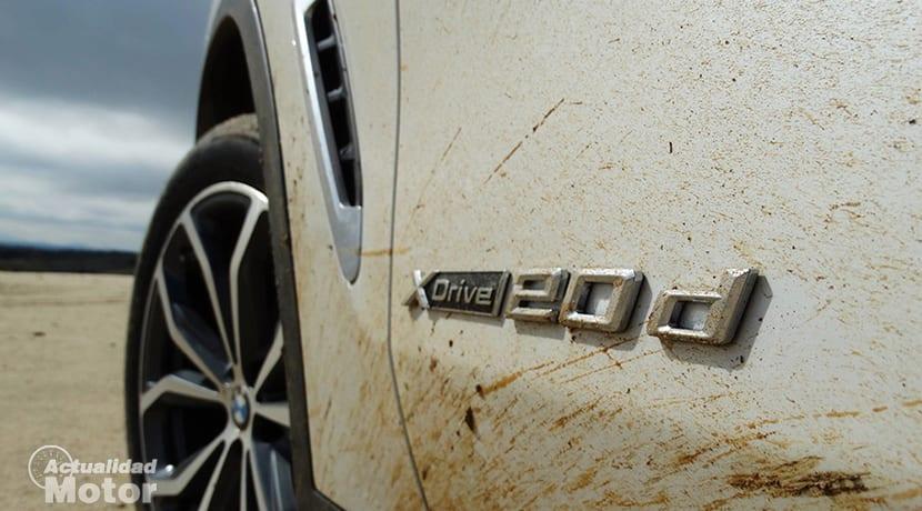 Prueba BMW X3 logotipo xDrive20d