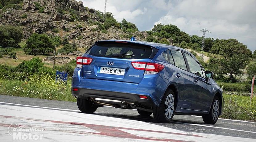 Prueba Subaru Impreza perfil trasero
