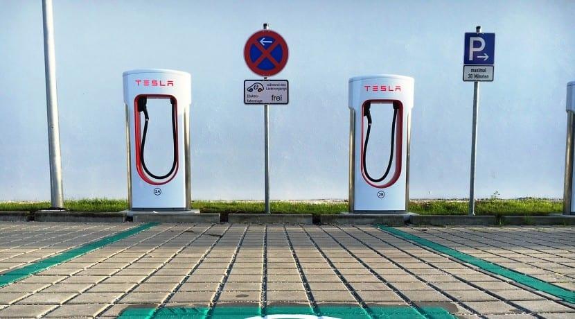 Tesla Red Supercargadores Gigafactory 3