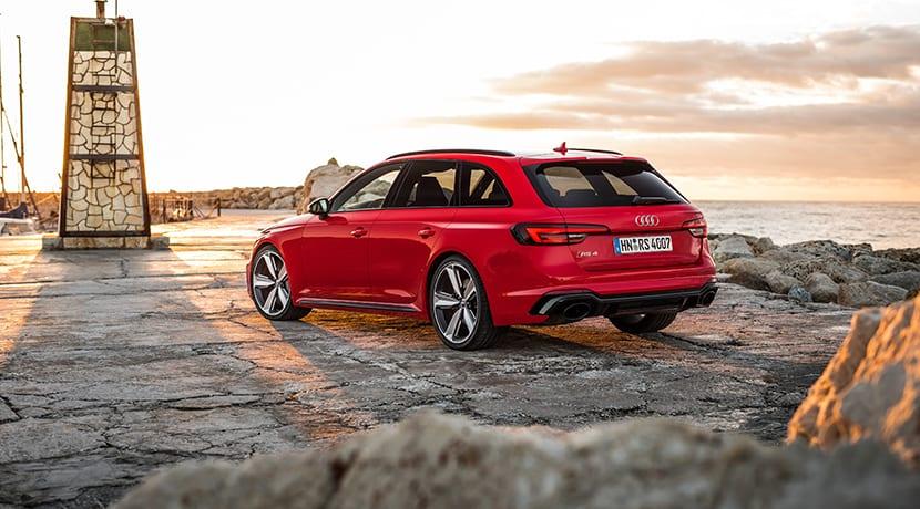 Audi RS 4 Avant perfil trasero