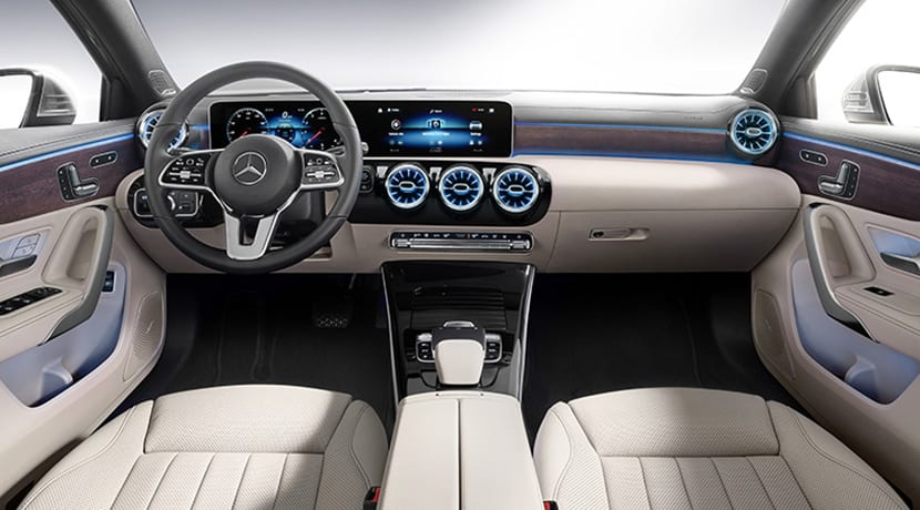 Mercedes Clase A Sedan diseño interior