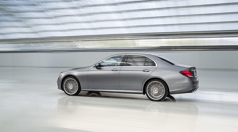 Mercedes Clase E lateral