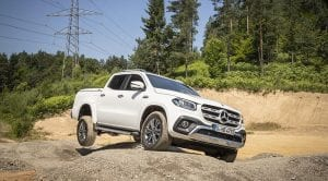 Trasera Mercedes Clase X 350 d offroad