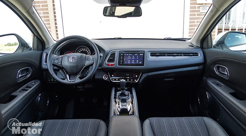 Prueba Honda HR-V diseño salpicadero