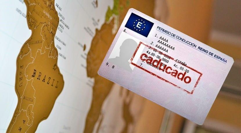 Cómo renovar el carnet de conducir desde el extranjero