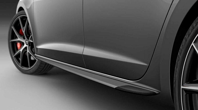 Faldón lateral del Seat León ST Cupra Carbon Edition