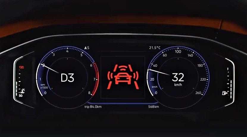 Frenada de emergencia en el anuncio del Volkswagen Polo retirado