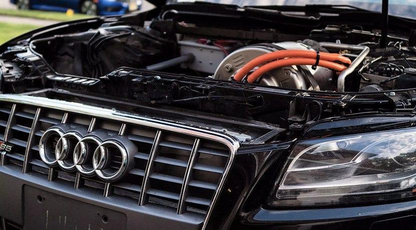 Conversión a eléctrico de un Audi S5 con piezas de Tesla