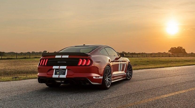 Trasera del Ford Mustang Heritage Edition preparado por Hennessey