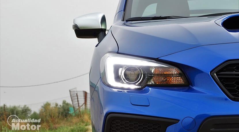 Prueba Subaru WRX STi faros de LED