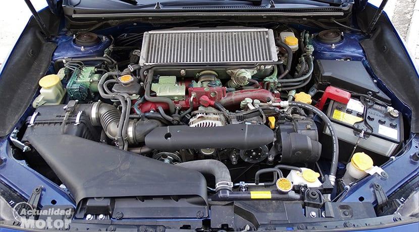 Prueba Subaru WRX STi motor 2.5 turbo