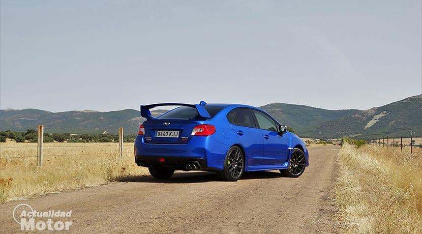 Prueba Subaru WRX STi perfil trasero