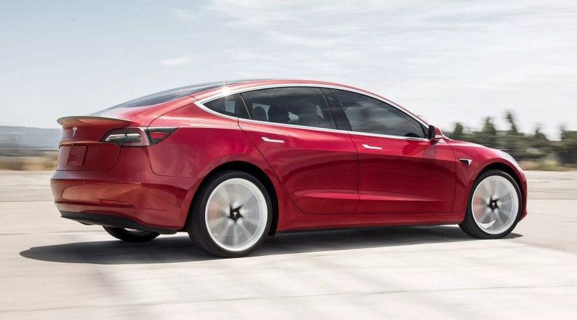 Tiempo de aceleración 0 a 96 km/h del Tesla Model 3 Performance