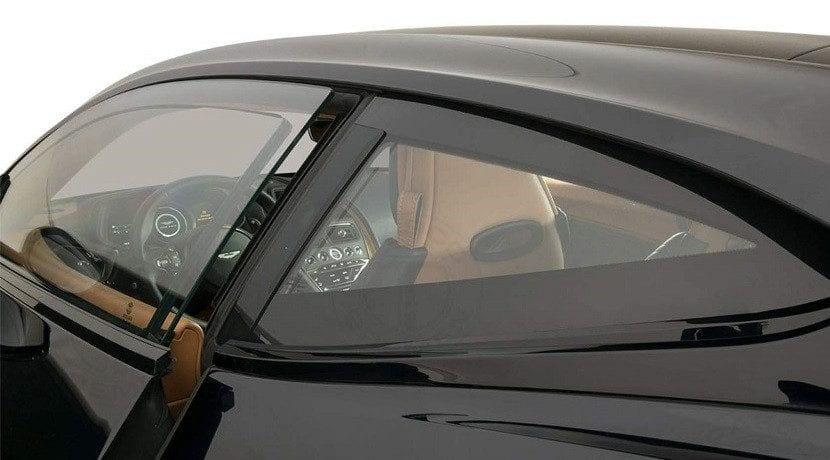 Ventanas del Aston Martin DB11 blindado