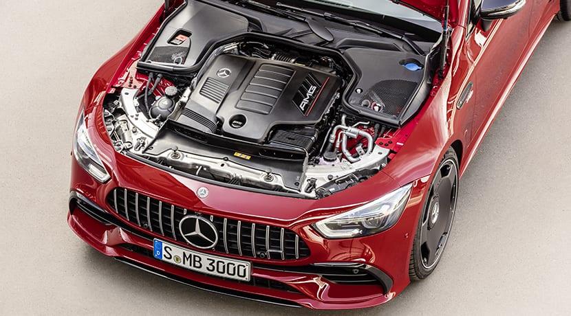 Mercedes-AMG GT 43 Coupé 4 puertas motor
