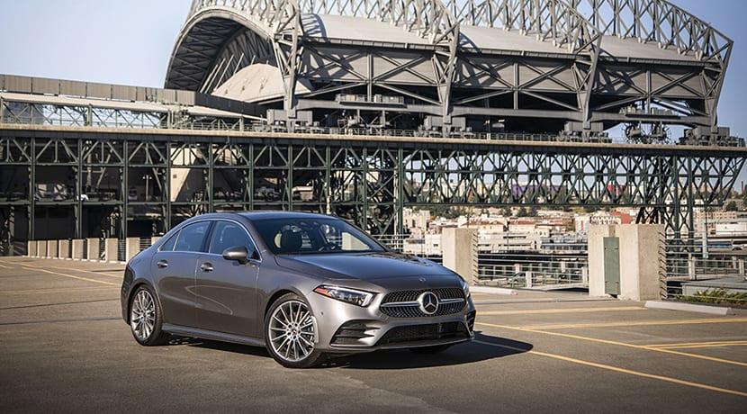 Mercedes-Benz Clase A Sedán perfil delantero