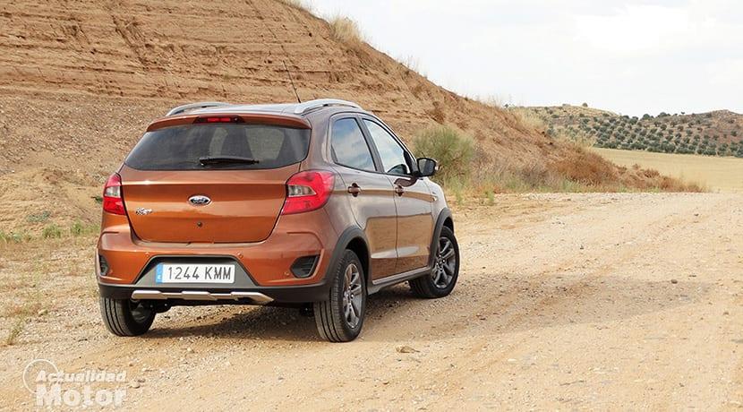 Prueba Ford Ka+ Active perfil trasero