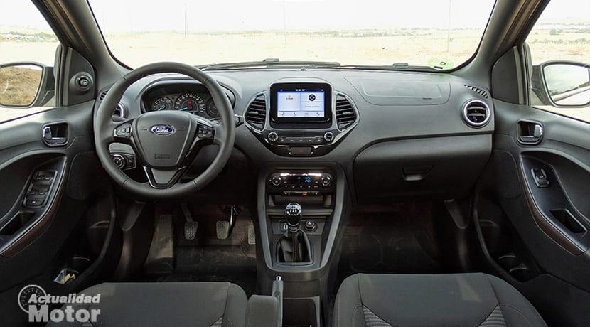 Prueba Ford Ka+ Active diseño interior