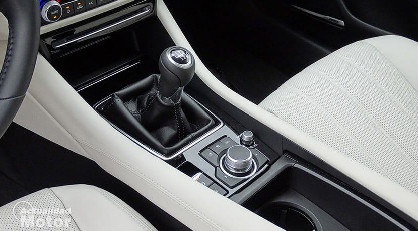 Prueba Mazda6 Wagon detalle interior