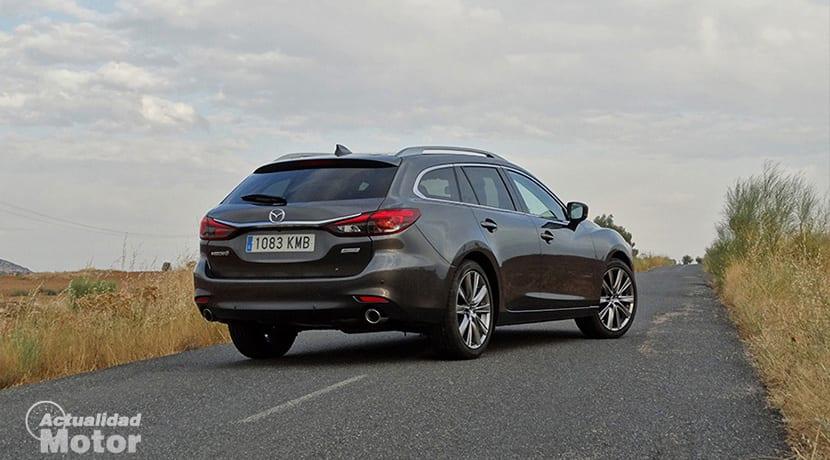 Prueba Mazda 6 Wagon perfil trasero