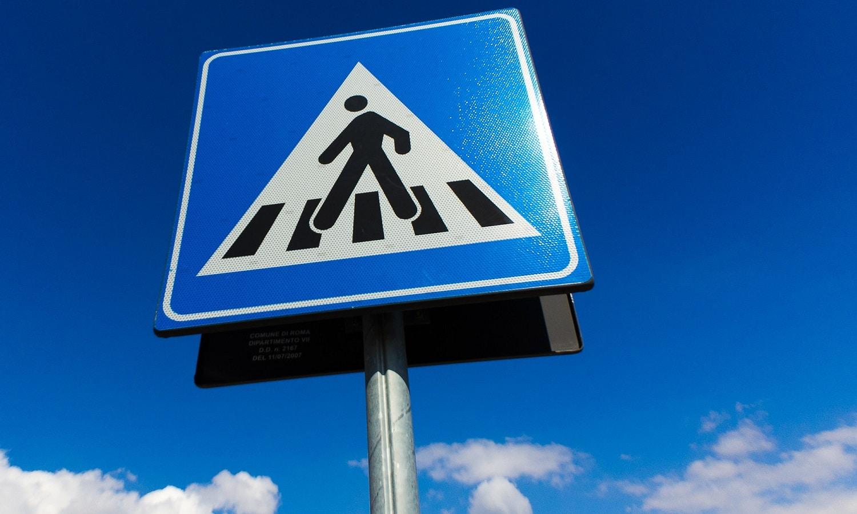 Señales de tráfico verticales