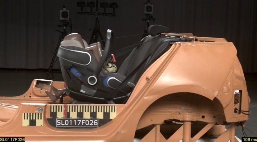 Sillas de coches para niños pruebas de impacto