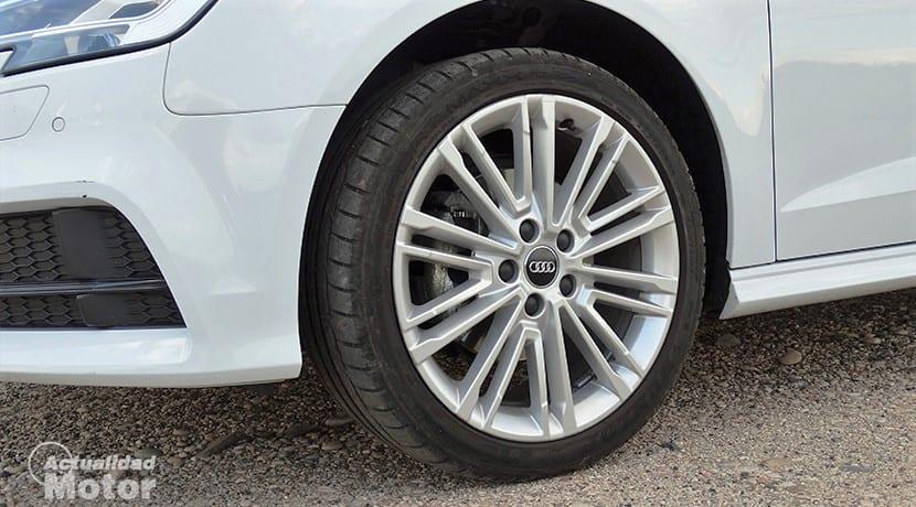 Comprobar estado de los neumáticos