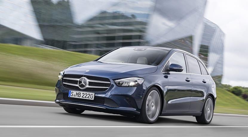 Mercedes Clase B perfil delantero