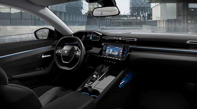 Peugeot 508 SW First Edition interior