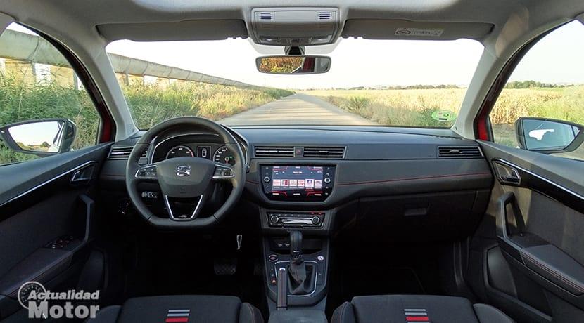 Prueba Seat Ibiza FR 1.6 TDI diseño interior